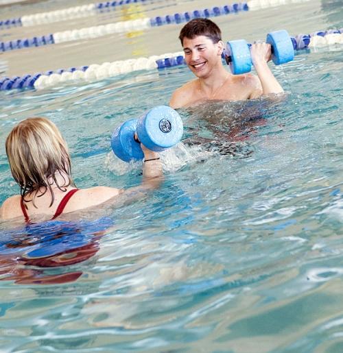 Indoor Swimming Pool Lessons: Aquatics Personal Training